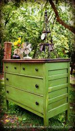 bufet laci hijau daun kayu